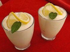 Zitronenquark, ein schönes Rezept aus der Kategorie Dessert. Bewertungen: 99. Durchschnitt: Ø 4,5.