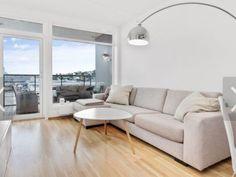 Sofaer og lenestoler, Troms, Torget