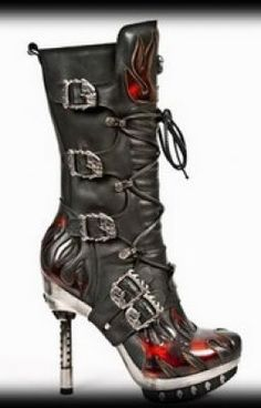 New Rock - Buckle Boots - Woman - Emo Shoes, Ugly Shoes, New Rock Boots, Cool Boots, Crazy Shoes, Me Too Shoes, Weird Shoes, Spike Shoes, Zapatos Shoes