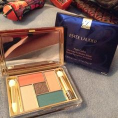 Estee LauderPureColor Five Colors Eyeshadow Palett This Is New , Unused 5 Shadow Eyeshadow Palette in Box, All New The New Color Has Beautiful Long Lasting Colors Great For Gift Giving, Thanks Estee Lauder Makeup Eyeshadow