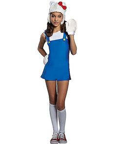 Hello Kitty Blue Romper Adult Costume includes a romper, headpiece, and gloves for a look that will make all the boys will want to say hello! Become your favorite Sanrio star with this adorable costume! Anime Halloween, Trendy Halloween, Cute Costumes, Halloween Costumes For Girls, Girl Costumes, Costume Halloween, Movie Costumes, Halloween Treats, Romper Dress