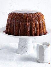 marble chai bundt cake with maple syrup- Donna Hay Beaux Desserts, Köstliche Desserts, Delicious Desserts, Dessert Recipes, Chai Recipe, Pound Cake Recipes, Pound Cakes, Take The Cake, Cake With Cream Cheese