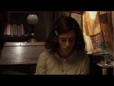El Diario de Ana Frank: La ciudad de Amsterdam recuerda cada primavera, la figura de la jovencita Ana Frank que vivió el Holocausto Nazi en los últimos años de su corta vida. Queremos acercar la figura de Ana Frank, con este reportaje, a todos los públicos.
