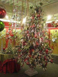 bell, alot, christma tree, christma decor, dalla, christma theme, christma creation, kristen creation, christmas trees
