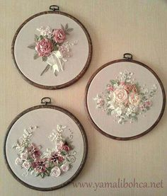 Wonderful Ribbon Embroidery Flowers by Hand Ideas. Enchanting Ribbon Embroidery Flowers by Hand Ideas. Ribbon Embroidery Tutorial, Hand Embroidery Stitches, Silk Ribbon Embroidery, Embroidery Hoop Art, Hand Embroidery Designs, Embroidery Ideas, Ribbon Art, Ribbon Crafts, Band Kunst