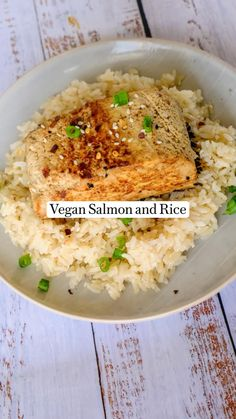 Tofu Recipes, High Protein Recipes, Vegan Dinner Recipes, Salmon Recipes, Vegetarian Recipes, Vegetarian Options, Healthy Recipes, Salmon And Rice, College Meals