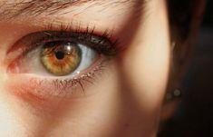 Hazel eyes are one of the least understood eye colors, green and brown. Hazel eyes have less melanin than brown eyes, but more than blue eyes. Green Brown Eyes, Hazel Green Eyes, Hazel Eyes, Blue Eyes, Dark Eyes, Pretty Eyes, Cool Eyes, Beautiful Eyes, Brown Eyes Aesthetic