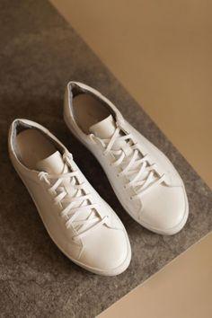 Кеды VAGABOND «Zoe» белого цвета - эксклюзивно от Неповторимых Louis Vuitton, Sneakers, Shoes, Style, Mindful, Summer, Inspire, Spring, Fashion