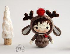 Christmas Deer Doll.  - pdf crochet pattern. Tanoshi series toy.