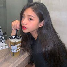 Mode Ulzzang, Korean Boys Ulzzang, Ulzzang Girl, Pretty Korean Girls, Cute Korean Girl, Asian Girl, Cute Girl Face, Cute Girl Photo, Girl Pictures