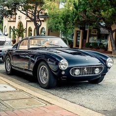 Ferrari Dino 246, Ferrari Car, Retro Cars, Vintage Cars, Vintage Ideas, Preppy Car, Bmw Autos, Cute Cars, Car Ford