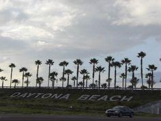 florida beach signs | File:Daytona Beach sign, Florida, USA1.jpg - Wikimedia Commons