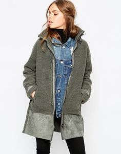 Buy First & I Reversible Coat at ASOS. With free delivery and return options (Ts&Cs apply), online shopping has never been so easy. Get the latest trends with ASOS now. Winter Coats Women, Coats For Women, Jackets For Women, Models, Mannequin, Parka, Military Jacket, Autumn Fashion, Bomber Jacket