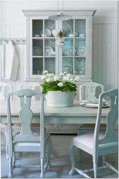 221 best Swedish Style Decorating & Interiors images on Pinterest in ...
