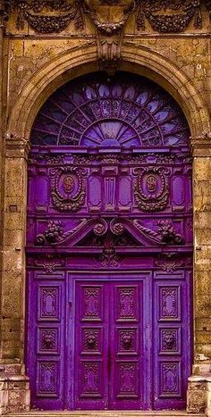 From aqua, navy, cerulean, to true-blue – what can you do with your front door? If black feels too common for you, then it is time to try blue. Having a blue front door will add a unique touch to… Purple Front Doors, Purple Door, Cool Doors, Unique Doors, Entrance Doors, Doorway, Entrance Ideas, Grand Entrance, Door Knockers