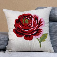 Red Rose decorative pillows for couch beautiful flower embroidered sofa cushion