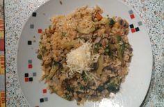 Rizoto z červené čočky a bulguru. Autor: sonizna Fried Rice, Risotto, Fries, Ethnic Recipes, Food, Author, Bulgur, Essen, Meals