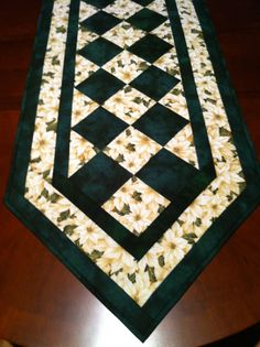 Easy Table Runner Patterns | one for myself. You can never have enough table runners.