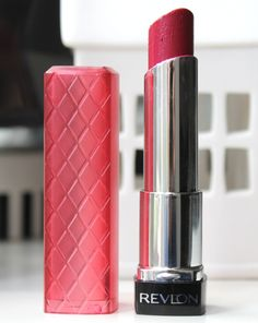 This might just be my most blogged about lip product. I'm constantly being asked what I'm wearing in videos when I have this on and it frequently makes it in to top products posts not to mention hu...