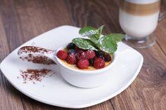 Crème brûlée z dodatkiem malin