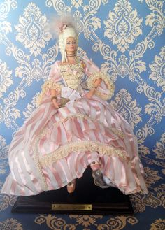 EUGENIA (Siglo XVIII) Marin doll, distribuited in USA by Lloyderson