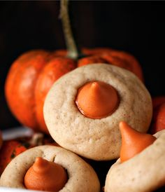 chai spice cookies with pumpkin hershey kisses! i bet this would be good with a snickerdoodle cookie too.....
