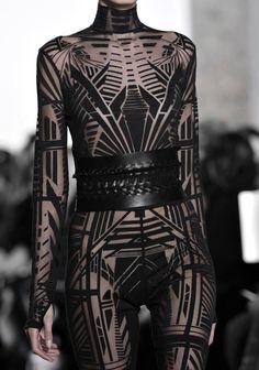 Yiqing Yin Haute Couture S/S 2015