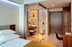 VoyeurDesign - Iluminación de hoteles. Iluminación del baño. PURO Hotel de Blacksheep, puro diseño tecnológico