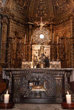Basílica de Guadalupe Whiskey Bottle, Virgin Mary, Sculptures