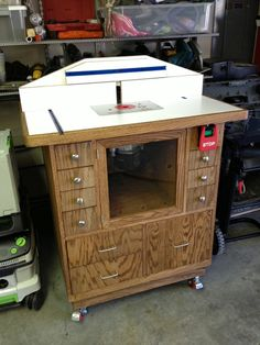 Made from my plans by Shawn V. Wood Router, Router Table, Woodworking Toys, Woodworking Workshop, Shop Work Bench, Heat Gun, Table Accessories, Work Tools, Router Bits