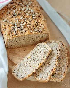 Gluten Free Recipes, Banana Bread, Rolls, Food And Drink, Baking, Breakfast Ideas, Glutenfree, Breads, Clever