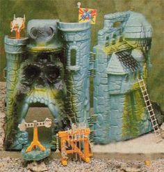He-Man -- Castle Greyskull - 1980s Toys and Games, TV and Film
