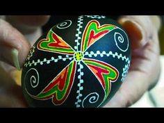 Learn How to Dye & Color Easter Eggs - Decorate Ukrainian Pysanky Pysanka for the Beginner - Egg Art This is a GREAT video tons of tips