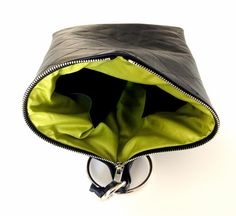 Leather handbag by Bagcyl.   http://www.bagcyl.com  http://facebook.com/bagcyl  https://twitter.com/BAGCYL?lang=pl