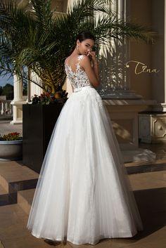 0909ff6eeeb Wedding dress Isabel by Tina Valerdi Επίσημα Φορέματα, Νυφικό Φόρεμα,  Νυφικό, Αρραβώνες,