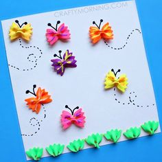 Kidissimo: Facile : fabriquer un tableau de papillons voletants avec des pâtes, chez Crafty Morning. Dès 3/4 ans et bien au-delà.