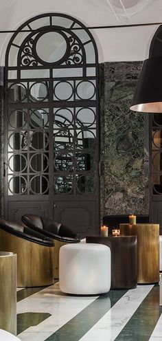 Hall di Senato Hotel Milano | Discover the best hotels and the best resorts with contemporary interior design. 5 star hotel or not, you will fall in love with the hotel interior design.