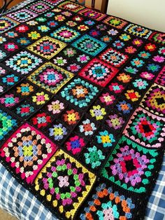 Traditional granny square blanket with different size squares # crochet . : Traditional granny square blanket with different size squares # # Crochet Bedspread, Crochet Quilt, Crochet Motif, Blanket Crochet, Crochet Cardigan, Crochet World, Granny Square Crochet Pattern, Afghan Crochet Patterns, Crochet Squares