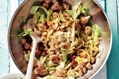 Chicken with cabbage Pureed Food Recipes, Cooking Recipes, Healthy Recipes, Fun Easy Recipes, Asian Recipes, Dinner Recipes, No Cook Meals, Healthy Cooking, Food Inspiration