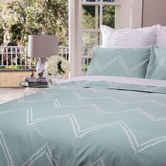 A sophisticated take on the classic chevron bedding.