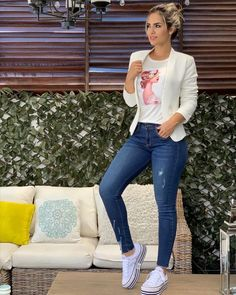 Easiest ways to make outfit jeans ideas 16 – wonders style Casual Work Outfits, Blazer Outfits, Mode Outfits, Stylish Outfits, Fashion Outfits, Summer Jean Outfits, Outfit Jeans, Dress Summer, Fashion Wear
