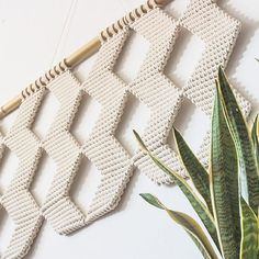 This amazing wall hanging by @jojansen_co is one of over 65k photos in the #wemakecollective feed. I could scroll for days! You guys are awesome