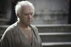 Photos - Game of Thrones - Season 5 - Promotional Episode Photos - Misc - Jonathan Pryce as the High Sparrow_ photo Macall B. Game Of Thrones Trailer, Game Of Thrones Episodes, Game Of Thrones Cast, Game Of Thrones Characters, George Rr Martin, Jonathan Pryce, See Games, Hbo Series, Sansa