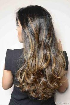Resultado de imagem para californiana em cabelo preto