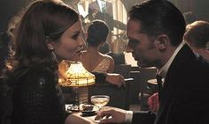 Emily Browning as Frances with Tom Hardy as her on-screen husband Reggie Kray in Legend. Emily Browning, Film Tom Hardy, Tom Hardy Legend, The Krays, In Cinemas Now, Legend 2015, Greg Williams, Free Tv Shows, Film