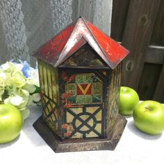 Antique 1905 Victory V Tin Litho Cottage House Figural Lozenge Box, Decorative, Advertising Canister