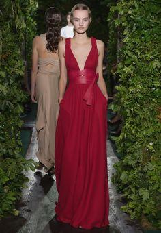 Valentino Sito Ufficiale - Collezione Haute Couture Look Autunno Donna Valentino.
