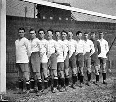 Bolton Wanderers line-up 1923. #vintage #football #photo #bwfc