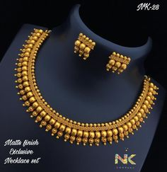 Indian gold necklace set with earrings, Indian jewelry, Temple jewelry, Bridal necklace, Antique gol Bridal Necklace, Necklace Set, Gold Necklace, Gold Earrings Designs, Necklace Designs, Indian Jewelry Sets, Temple Jewellery, Sewing Patterns, Couture