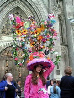 Weird And Wacky Parades From Around The World: Easter Parade and Bonnet Festival NYC Easter Hat Parade, Crazy Hats, Crazy Crazy, Easter Traditions, Kentucky Derby Hats, Happy Easter, New York City, At Least, Easter Bonnets